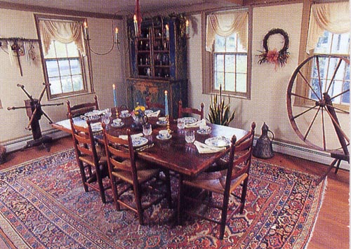 crocker-tavern-dining-room.jpg