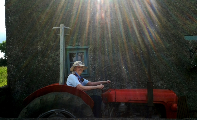 Tractoring Grannymar