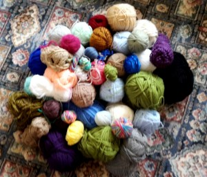 Oddments of yarn